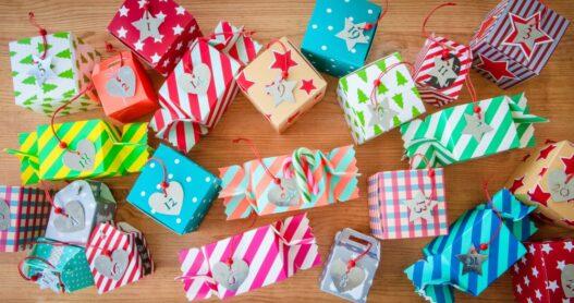 Små gaver i julekalender til teenager